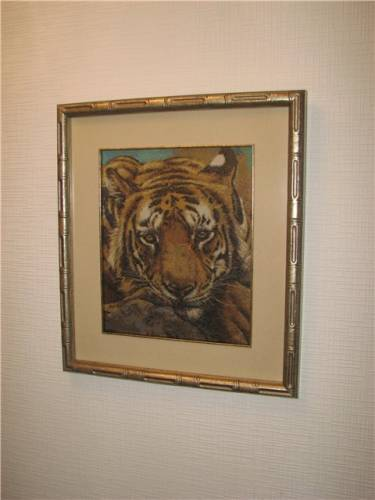 Бесплатные схемы к вышивке.  Загрузок.  Просмотров.  Сибирский тигр РМ.  KrestInna.  Дата.