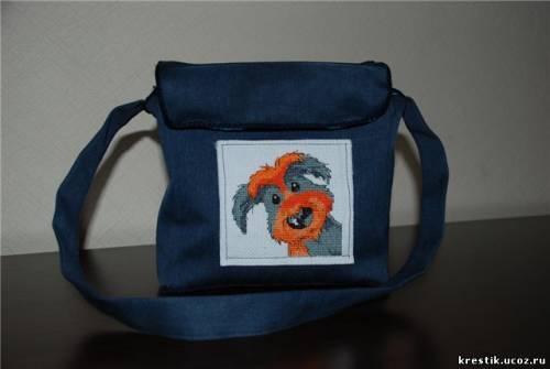 ...а вот сумки старшей сестренки нравятся..Вот и пришла идея пошить сумку.