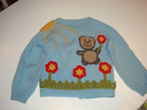 Бесплатно и без регистрации скачать схемы для вышивки мишек Тедди можно ТУТ.